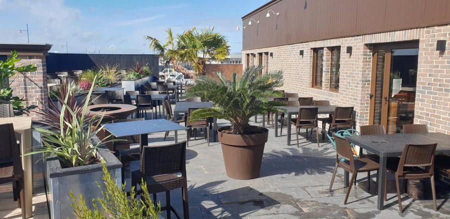 Inauguration de la terrasse du restaurant de Tourlaville